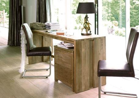 Как выбрать компьютерный стол в домашний кабинет