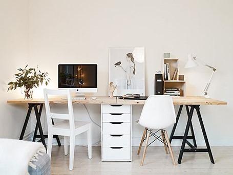 Как обустроить маленький офис: выбираем мебель