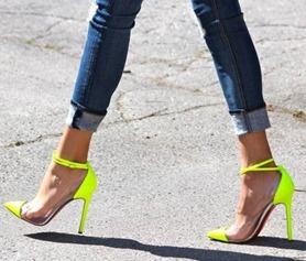 Когда дресс-код необязателен: уличный стиль для бизнес-леди
