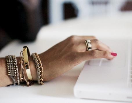 Ювелирный этикет. Как выбирать украшения в деловой стиль