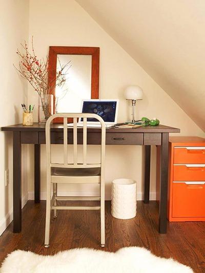 Выбираем компьютерный стол в домашний офис фрилансера