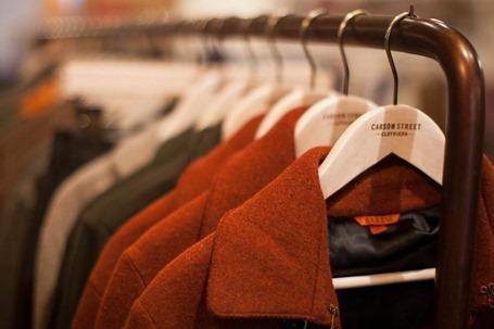 Как открыть магазин верхней одежды