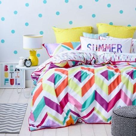 Продлеваем лето! Шикарное постельное белье для летнего интерьера спальни