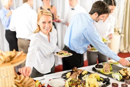 Современные бизнес-леди перестали обедать