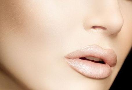 Как защитить губы зимой: пять идей