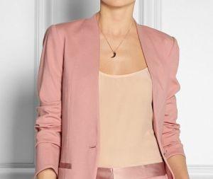 Как должна одеваться женщина-руководитель