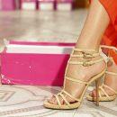 Сколько обуви должно быть у женщины